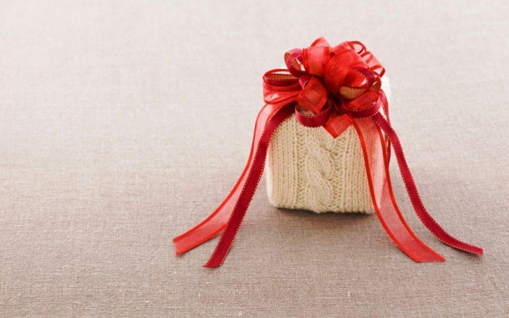 lazos para adornar regalos